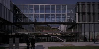 Université du Danube (Krems, 2005)